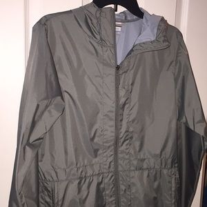 Brand new Columbia Raincoat